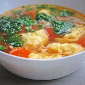 Легкий куриный суп с клецками